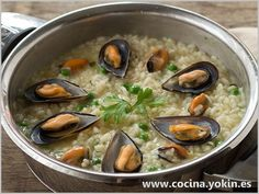 MUSSELS WITH RICE - It's a rice dish with humble ingredient base, but getting a perfect combination and an excellent and easy dish to prepare.