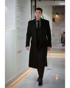 Asian Celebrities, Asian Actors, Korean Actors, Most Handsome Men, Handsome Actors, Handsome Boys, Hyun Bin, Seo Ji Hye, Korean Drama Movies