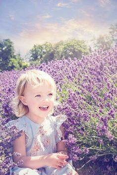 Lavender field photo session| mini portrait session| childrens photography| family photography| lavender| Hampshire Photographer