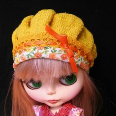 Yellow beret, hat with lace for Blythe doll