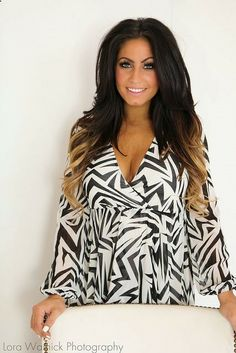 Tracy DiMarcos dark ombre hair [secret hair tip: her bottom hair color are extensions] | Photo by LoraA444, via Flickr