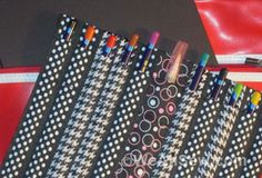 How to Make a Pen and Pencil Case from Pieces of Ribbon - this is cool