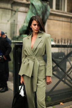 New model look street style outfit ootd fashion style models style beautiful girls Ootd Fashion, Fashion Models, Fashion Outfits, Models Style, Street Fashion, Female Fashion, London Fashion, Fashion Week Paris, Modell Street-style