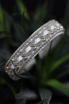 Lindas armband: vitt