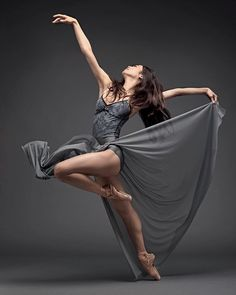 thewonderfulworldofdanceGorgeous photo of Koto Ishihara with SanFrancisco Ballet Photo: Tumblr Ballet, Dynamic Poses, Dance Movement, Dance Poses, Ballet Photography, Action Poses, Dance Pictures, Just Dance, Ballet Dancers