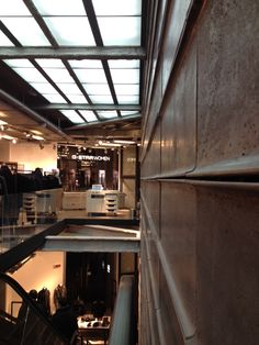 IVANKA Concrete Design | projects - G-STAR RAW FLAGSHIP STORE IN MILAN