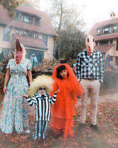 Family Themed Halloween Costumes, Horror Halloween Costumes, Classic Halloween Costumes, Scary Halloween Costumes, Family Costumes, Halloween Kostüm, Halloween Outfits, Halloween Playlist, Costumes