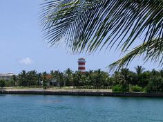 Port Lucaya lighthouse - Grand Bahamas
