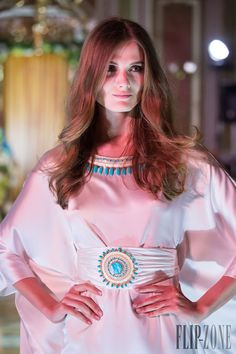 Yulia Yanina Cruise 2015 - Ready-to-Wear Cruise, Ready To Wear, Bell Sleeve Top, Collection, How To Wear, Inspiration, Moroccan, Egypt, Inspired