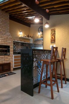 Precast Barbecue: Advantages of how to assemble and 50 photos Kitchen Sets, Kitchen Decor, Urban Balcony, Home Interior Design, Interior And Exterior, Barbecue Garden, Pergola With Roof, Bars For Home, Rustic Style