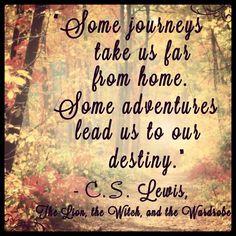 Algumas viagens levam-nos para longe de casa.   Algumas aventuras conduzem-nos ao nosso destino!
