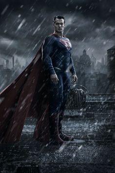 Batman v Superman Dawn of Justice (photo d'Henry Cavill en costume de Superman)
