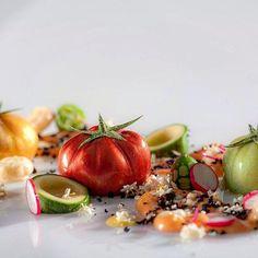 Huerto de Tomates tomates nitro de remolacha, pipirrana, verde, porra antequerana y Oliva negra. Food Porn, Ethnic Recipes, Instagram Posts, World, Beets, Vegetable Gardening, Green, Hispanic Kitchen, Tomatoes