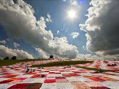 BIGNIK: A Participatory Art Project With A Massive Picnic Blanket