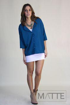 Camisa azulão esverdeado c/ recorte nas costas