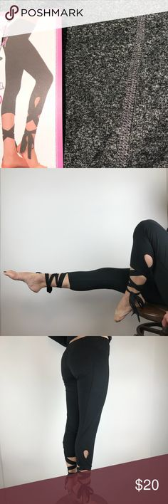 ✨Just In✨tie bottom leggings(firm) Compliments every time!🎀 these comfy leggings have an adjustable tie at the bottom to accommodate any shape. Wide waistband with soft elastic. Great for yoga or dressed up with heels! Please be sure to specify size! (V Pants Leggings