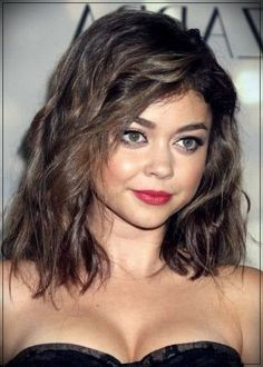 The cute together with Attractive shag haircut round face concerns . Haircuts For Curly Hair, Medium Bob Hairstyles, Round Face Haircuts, Curly Hair Cuts, Hairstyles For Round Faces, Medium Hair Cuts, Short Curly Hair, Medium Hair Styles, Curly Hair Styles