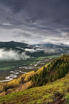 Camping Places To Go :The East River Crested Butte Colorado Living In Colorado, Colorado Usa, Colorado Homes, Colorado Mountains, Rocky Mountains, Gunnison Colorado, Visit Colorado, Colorado Trip, Great Places
