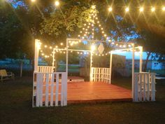 Dance floor (for my wedding) made of pallets..... Awesome!
