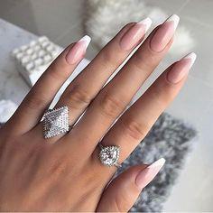 nail tips gel / nail tips . nail tips acrylic . nail tips design . nail tips and tricks . nail tips with dip powder . nail tips gel . nail tips acrylic short . nail tips acrylic colored French Fade Nails, Faded Nails, French Manicure Nails, French Nail Art, Manicure E Pedicure, Manicure Ideas, French Polish, Glitter French Nails, White Tip Nails