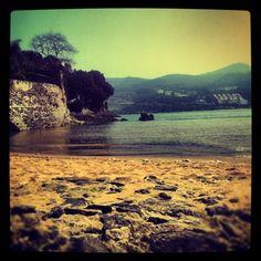 Mundaka Beach.