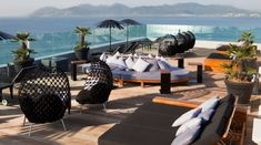 10 Incredible Hotel Rooftop Bars Around the World | Hotel Interior Designs