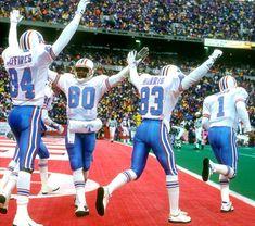 Houstan Texans, Houston Texans Logo, Houston Oilers, Football Video Games, Football Players, Football Team, Nfl Uniforms, Superbowl Champions, Tennessee Titans
