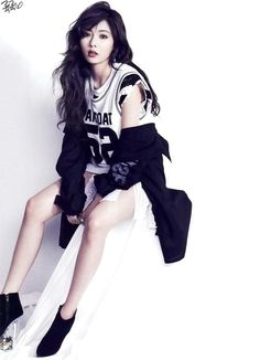 ~ Living a Beautiful Life ~ Hyuna Come visit kpopcity.net for the largest discount fashion store in the world!!