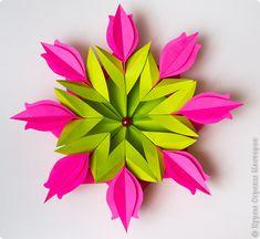 Virágok nyílnak ... a Vörös téren! Felkérem az MC a művészeti 3-D Stick Art… Origami Box, Origami Flowers, Origami Paper, Paper Flowers, Origami Tutorial, Flower Tutorial, Paper Quilling Cards, Origami Diagrams, Diy And Crafts