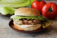 Hamburger Recipes : Salmon Burgers for #WeekdaySupper