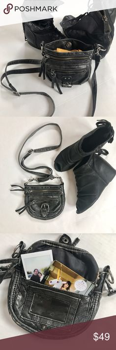 Vintage cross body Snap closure, inside zipper pocket, 2 outer zipper pockets, smaller pocket feature if holder and open pocket. A Fav festival accessory ! Offers welcome. Aldo Bags Crossbody Bags