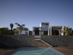Z House / nred arquitectos