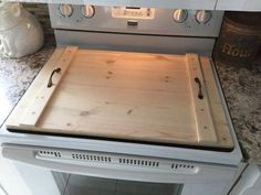 Stove Top Cover, Wooden Stove Top Cover, Stove Cover for Extra Counter Space, Great for Small Apartment, Flat Top Noodle Board - Diy stove top cover - Diy Pallet Projects, Wood Projects, Woodworking Projects, Wooden Stove Top Covers, Stove Covers, Noodle Board, Kitchen Stove, Kitchen Appliances, Kitchen Island