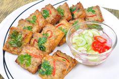 ขนมปังหน้าหมู Fried Bread with Minced Pork Spread