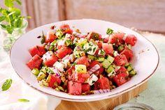 Unser beliebtes Rezept für Wassermelonen-Gurken-Salat mit Feta und mehr als 55.000 weitere kostenlose Rezepte auf LECKER.de.