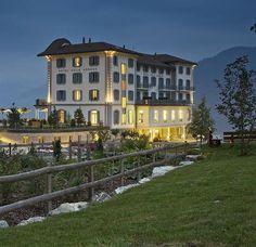 eVacationBreaks - Hotel Villa Honegg Ennetburgen Hotel Villa Honegg, Switzerland Hotels, Mansions, House Styles, Travel, Home Decor, Viajes, Decoration Home, Manor Houses