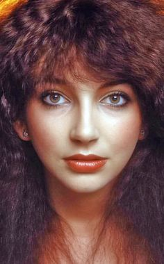 Kate Bush in a close-up image used for the sleeve of the 45 single 'Hammer Horror Billie Holiday, Playlists, Jessi Combs, Divas, Victoria Principal, Bush, Experimental Music, Women Of Rock, Thing 1