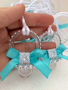 12 teal elegant pacifiers for Baby shower by Marshmallowfavors Baby Shower Menta, Baby Shower Elegante, Distintivos Baby Shower, Fotos Baby Shower, Regalo Baby Shower, Elegant Baby Shower, Shower Bebe, Baby Shower Princess, Baby Shower Gender Reveal