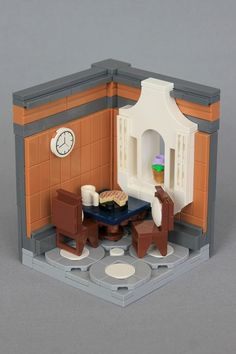 10255 Assembly Square: Review - InnovaLUG: LEGO Users Group