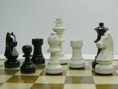 Black and White Staunton Charlotte Chess Pieces