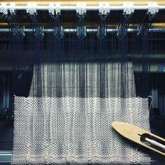 RailReed - adjust warp density while you weave Loom Weaving, Textile Artists, Weave, Craft, Fiber, Instagram, Ideas, Inspiration, Tejidos