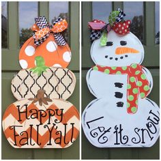 This Amy Alley original design is reversible! Get 2 door hangers in one! Its perfect way to greet visitors to your home. Its made to order from mildew resistant hardwood plywood primed hand painted and sealed. It comes with 2 bows that are treated wit Snowman Crafts, Fall Crafts, Halloween Crafts, Decor Crafts, Holiday Crafts, Diy Crafts, Wood Crafts, Dyi Couture, Snowman Door