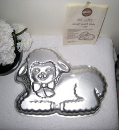 1990 Wilton Gentle Lamb Cake Pan With Instructions, 13 X 10 X Aluminum Baby Sheep Cake Mold, Baking Pan 2105 2515 by on Etsy Sheep Cake, Lamb Cake, Baby Sheep, Online Friends, Cake Mold, Cake Pans, Baking Pans, Things To Come, Etsy