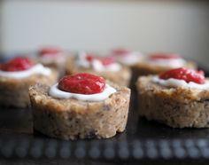 Raw Runeberg treats!