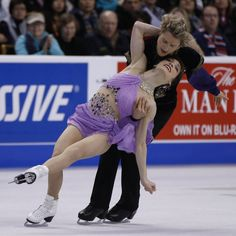 Meryl Davis and Charlie White performing their Free Dance at the 2014 US National Figure Skating Championships.