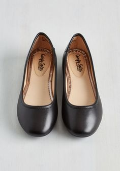 When it comes to trusty footwear, it doesn't get much better than simple black ballet flats. This vegan faux-leather pair is classic as can be, offering easy styling and reliable comfort that beg to be enjoyed day after day!