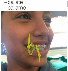 I have no idea what this says, but the pic is funny. Funny Spanish Memes, Funny Relatable Memes, Funny Jokes, Hilarious, Memes Do Dia, Pinterest Memes, Lol, Fresh Memes, Offensive Memes