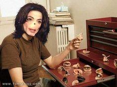 La prótesis de la nariz de Michael Jackson se perdió en la autopsia