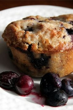 """Streusel Topped Blueberry Muffins 