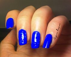 Maybelline Bleached Blue & essence electric blue: http://penguinlacquer.blogspot.de/2014/07/bleached-blue-friday.html #maybelline #essence #nails